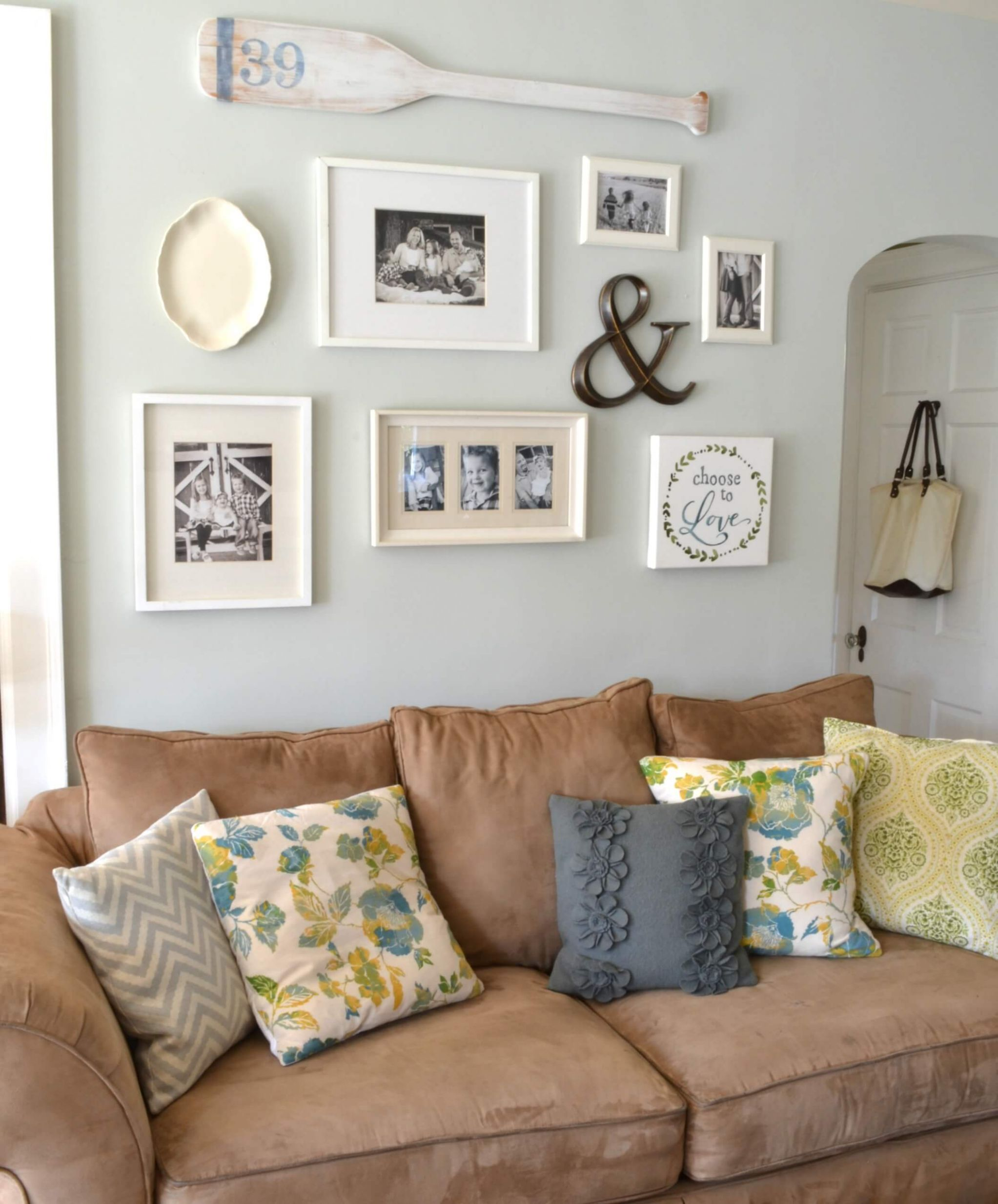 10 Best Decoration Ideas Above the Sofa for 10