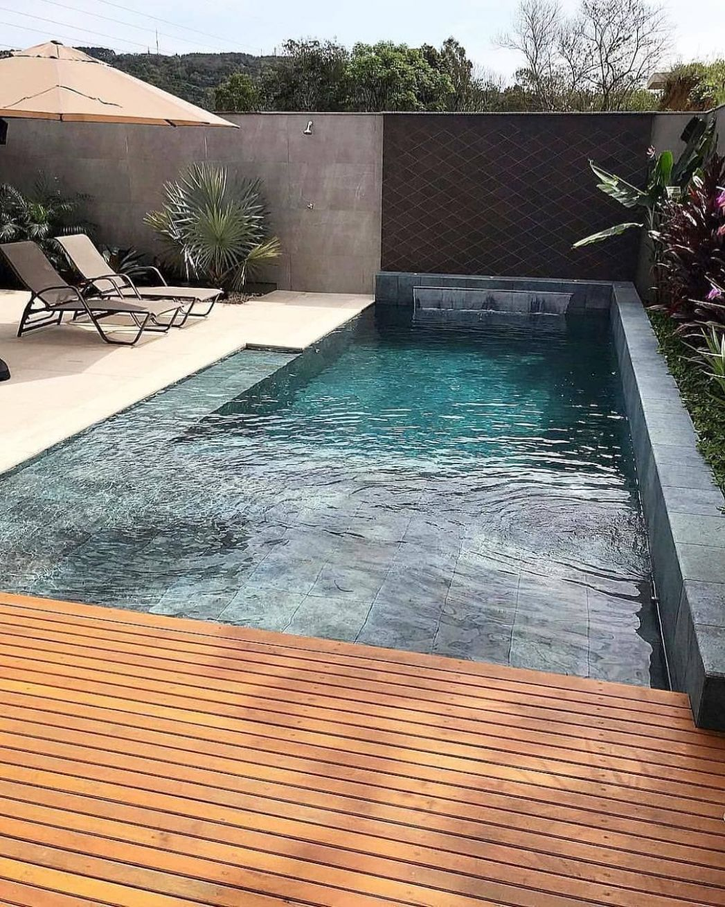 10 Best Swimming Pool Designs [Beautiful, Cool, and Modern] | Cool ..