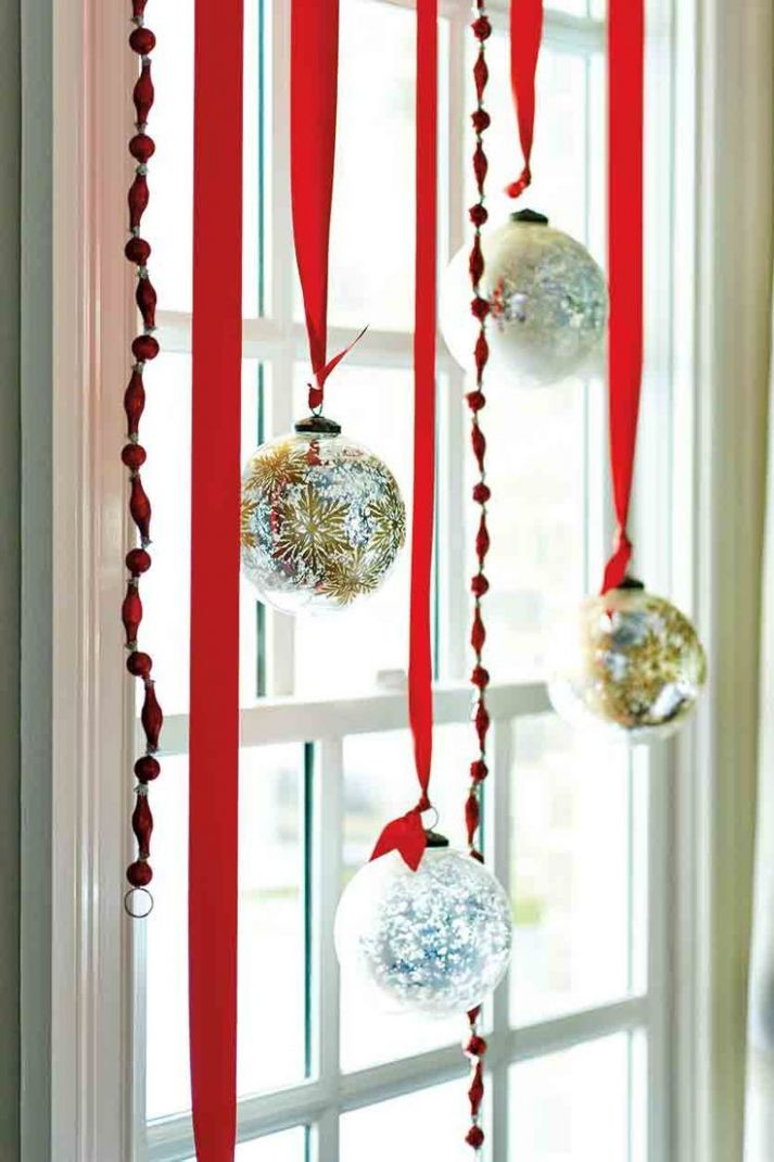 10 Christmas Decorating Ideas | Christmas window decorations ...