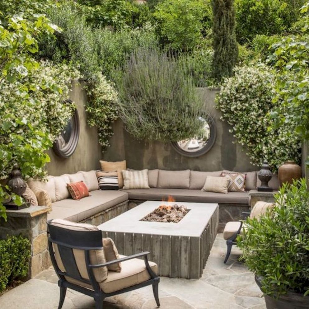 10 Easy DIY Outdoor Fire Pit and Cozy Seating Area Ideas (With ..