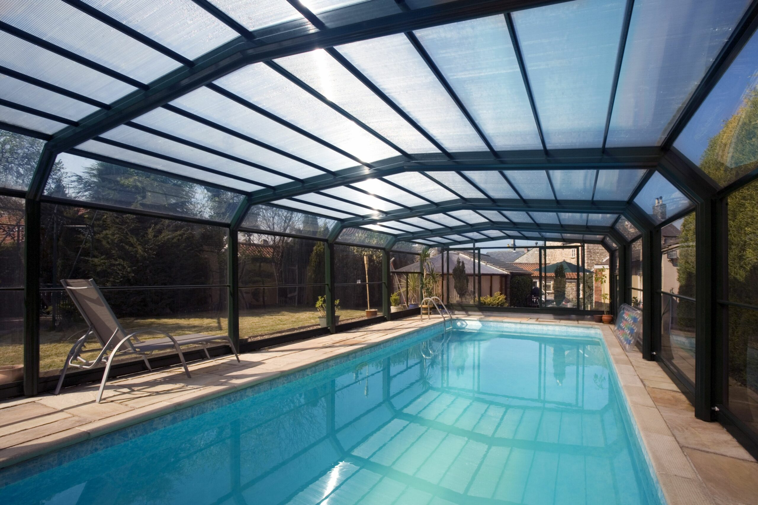 10 Great design Ideas to Customize a Pool Enclosure in Your ..