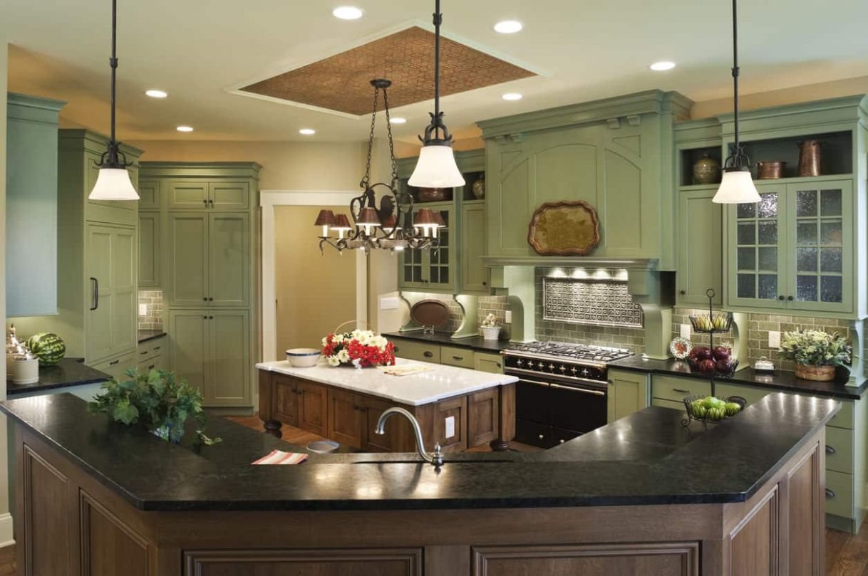 10 Green Kitchen Ideas (some photos look great and some not so great) - kitchen ideas green