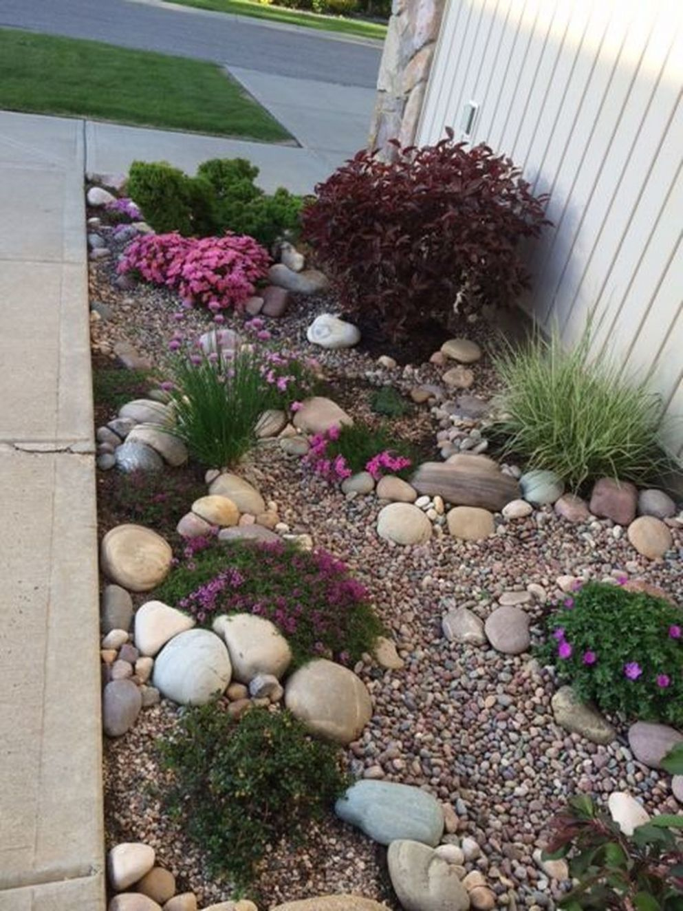 10 Pretty Rock Garden Ideas On A Budget (With images) | Rock ..