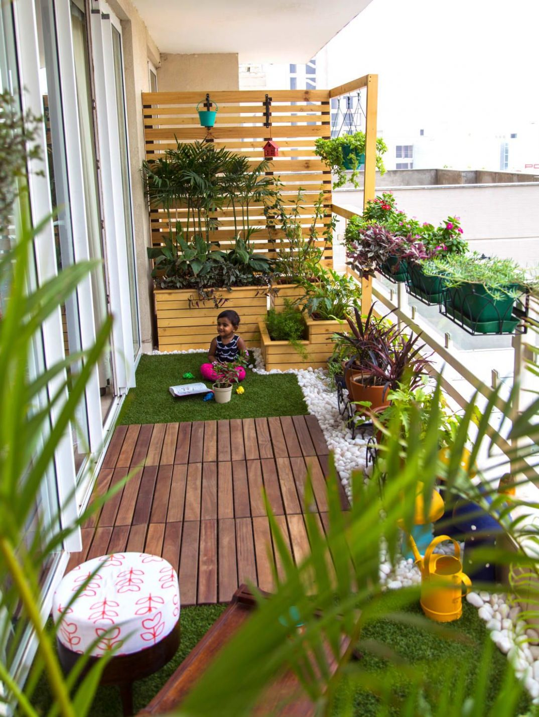 10 Smart Balcony Garden Ideas That are Awesome | Small balcony ...
