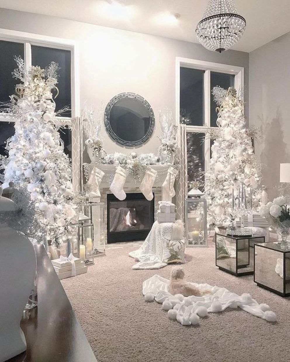 10 Stunning Luxury Christmas Home Decoration Ideas in 10 (With ..