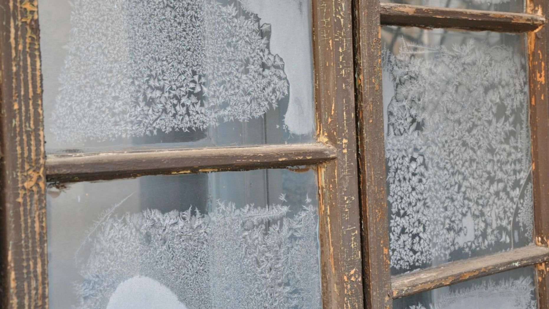 10 Ways spray frost can be used beyond windows – SheKnows