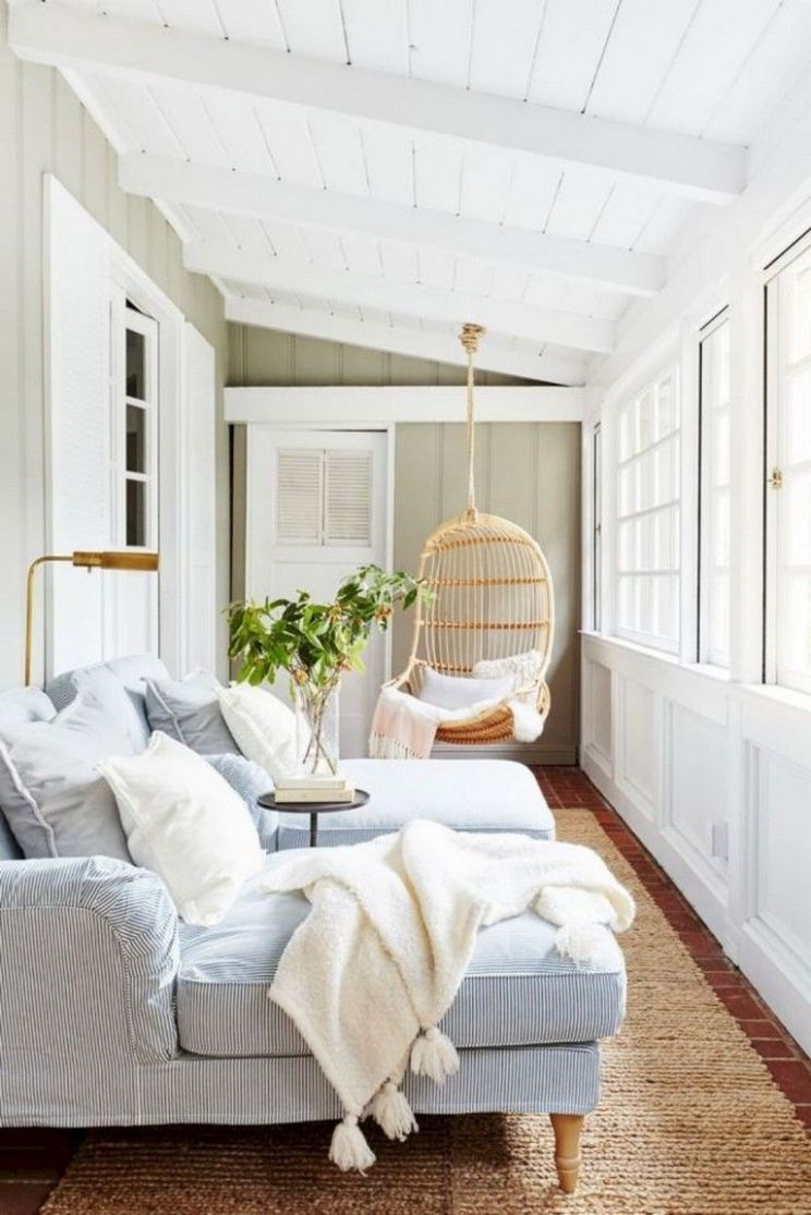 11+ Amazing Farmhouse Sunroom Makeover Ideas (With images) | Small ..