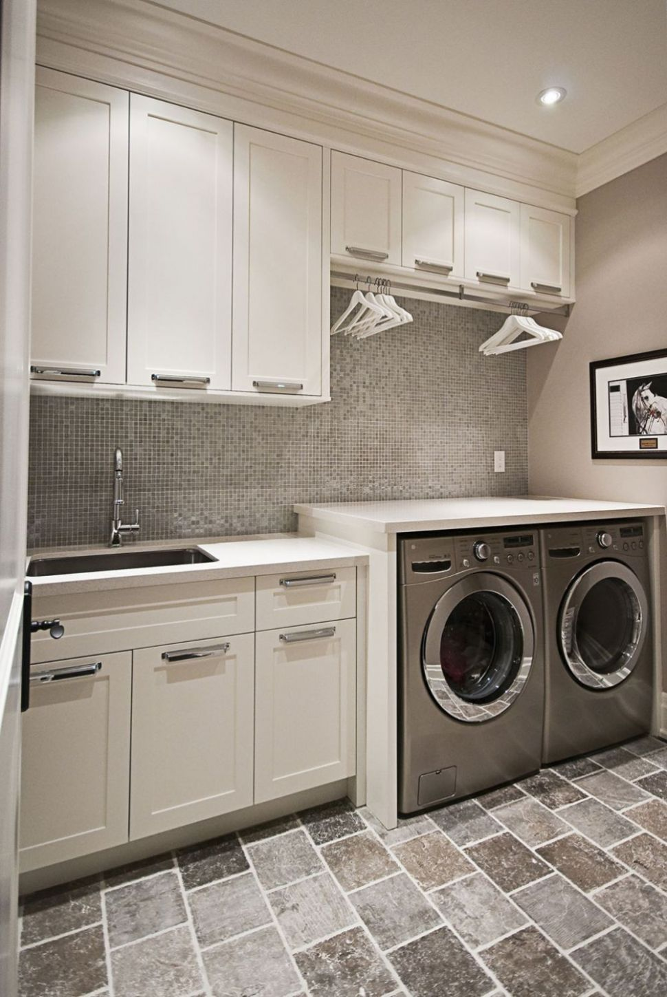 11 Beautiful and Efficient Laundry Room Designs (With images ...