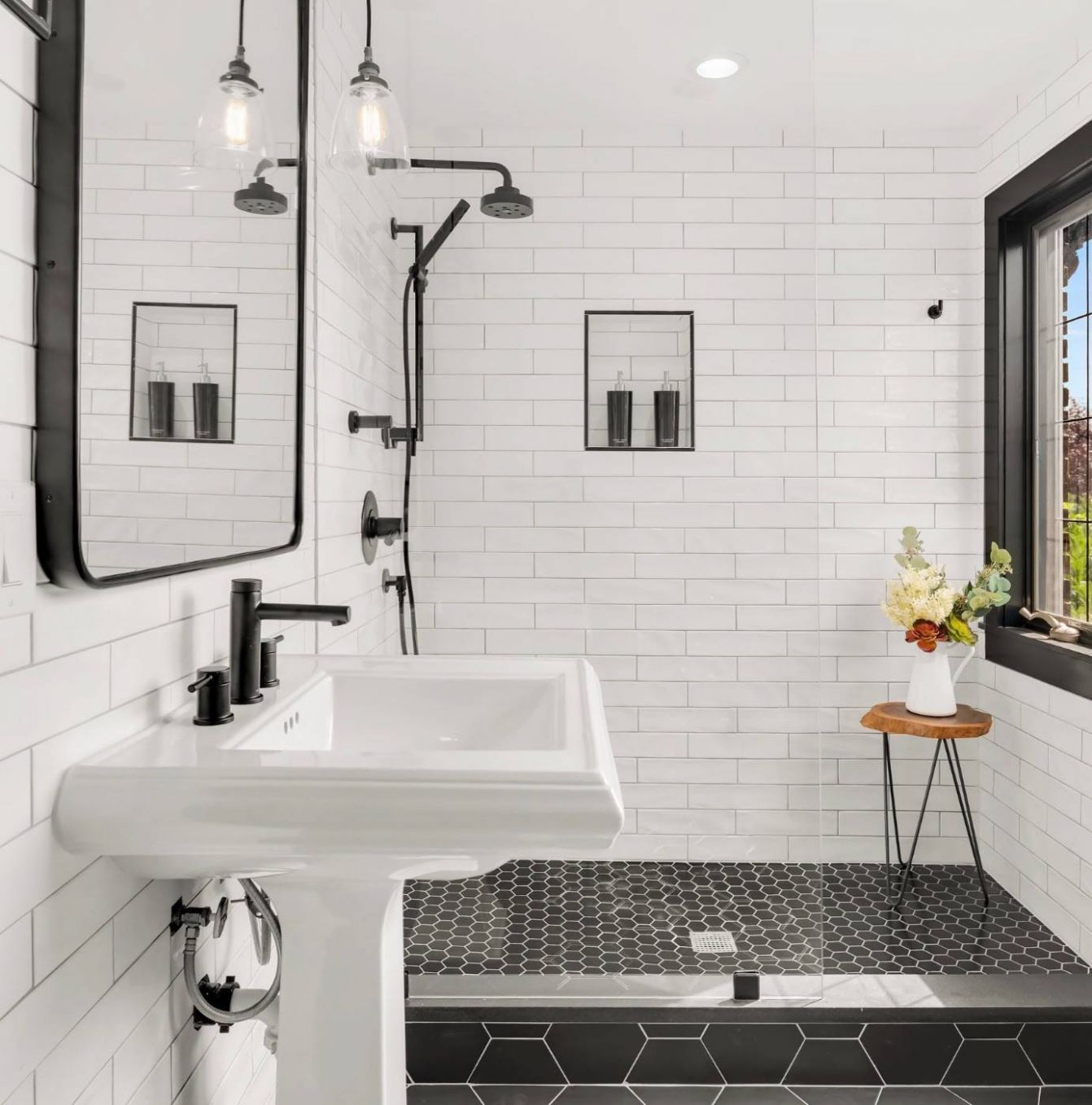 11 Beautiful Small Bathroom Pictures & Ideas   Houzz