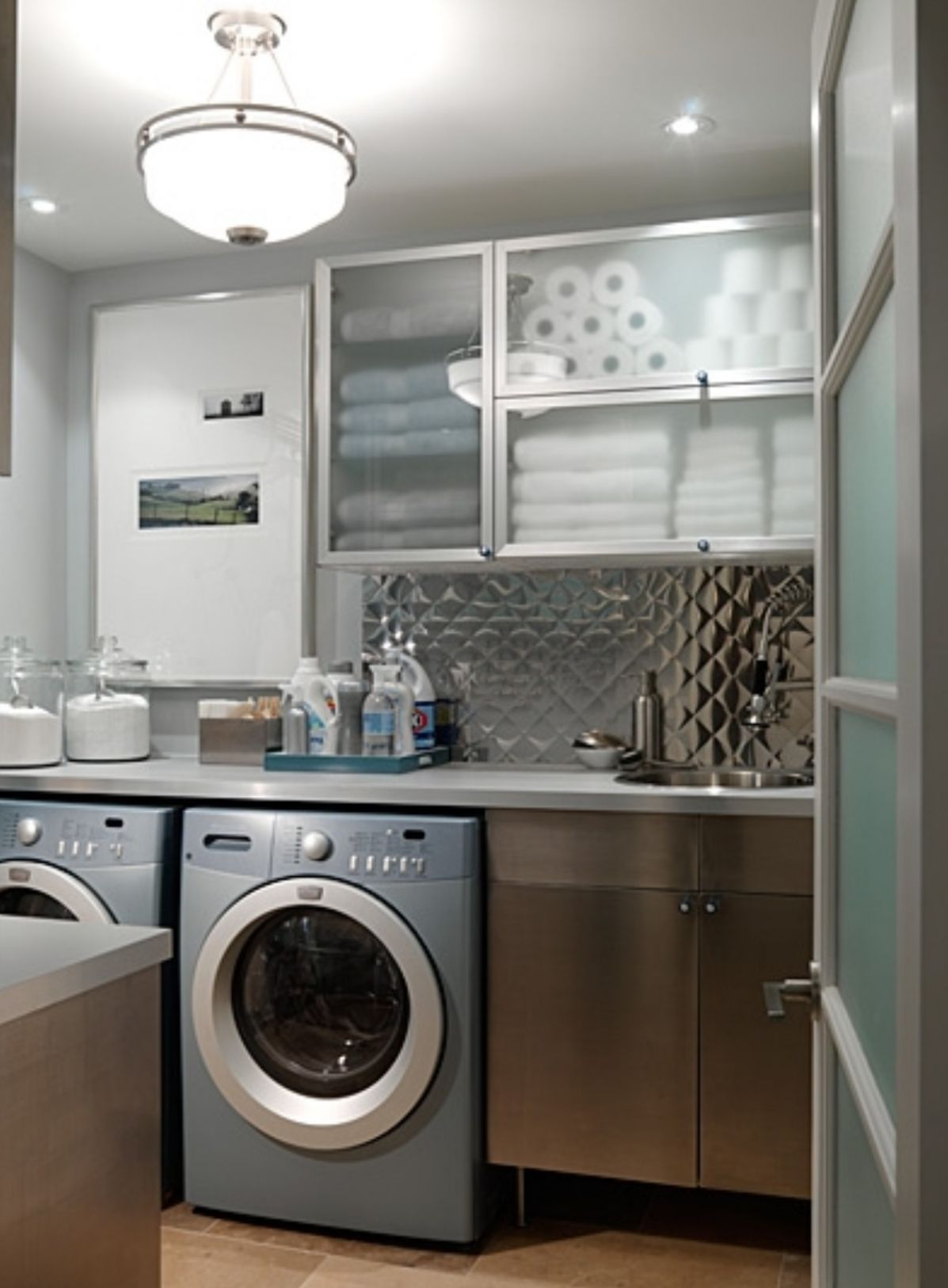 11 Best Laundry Room Design Ideas for 11 - laundry room bar ideas