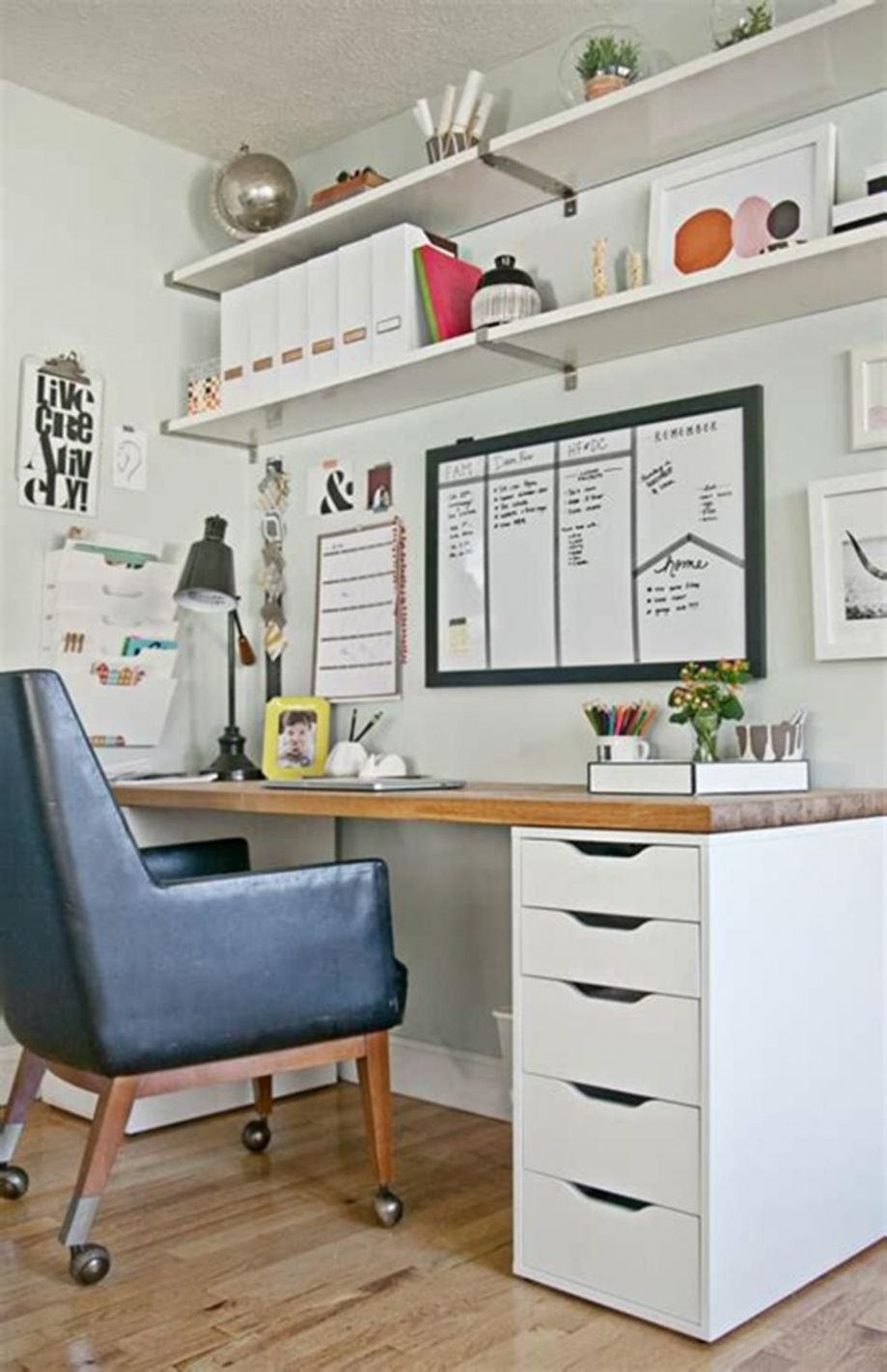 11 Best Small Space Office Decorating Ideas On a Budget 11 (With ...