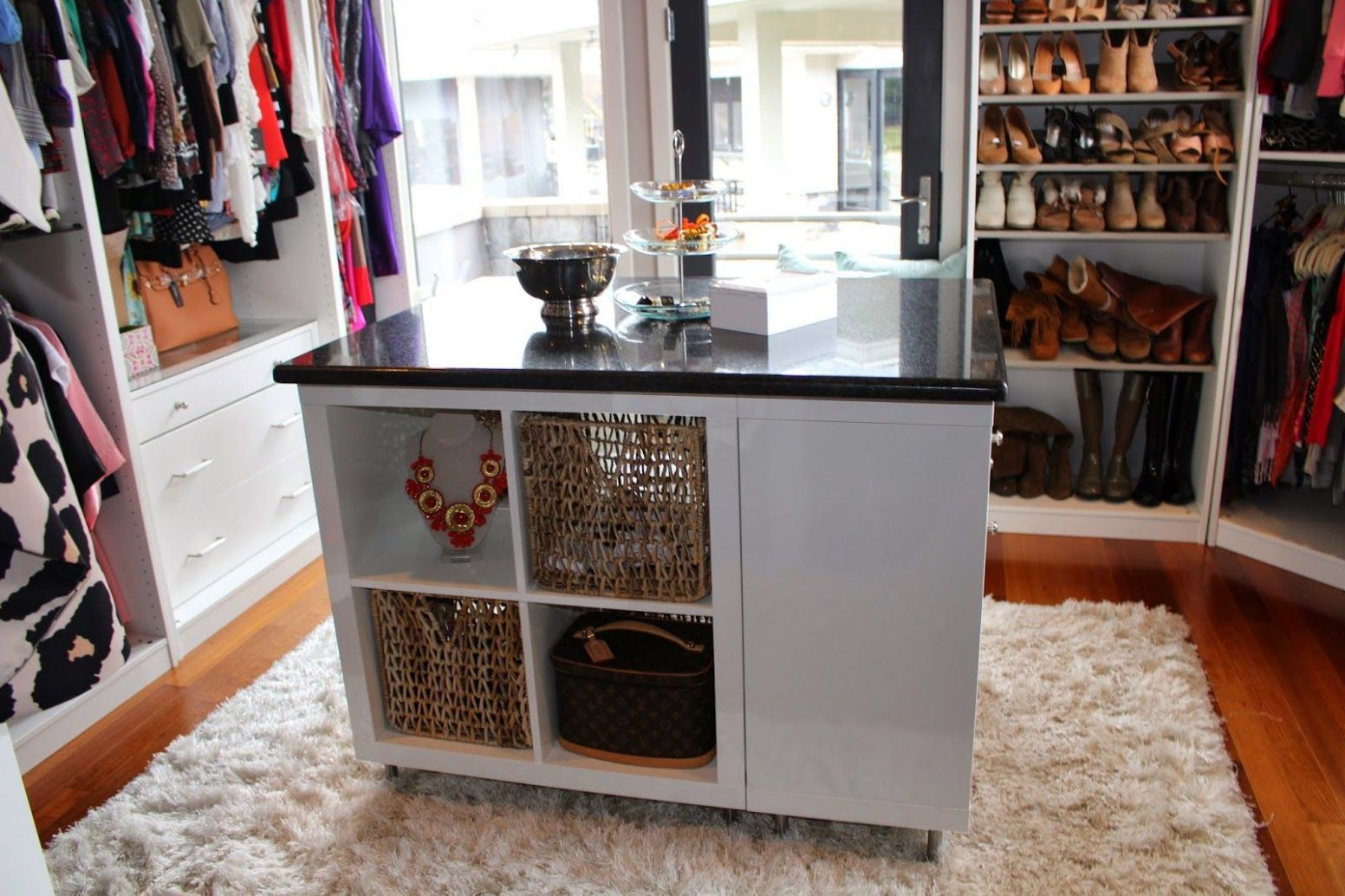 11 Clever IKEA Hacks for Your Closet (With images)   Closet island ...