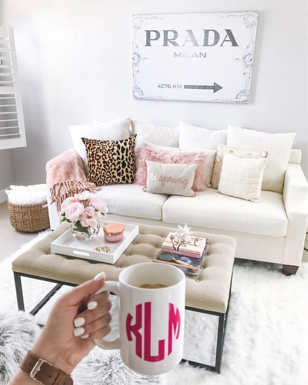 11 Cute Girly Apartment Décor Ideas (With images) | Girly ..