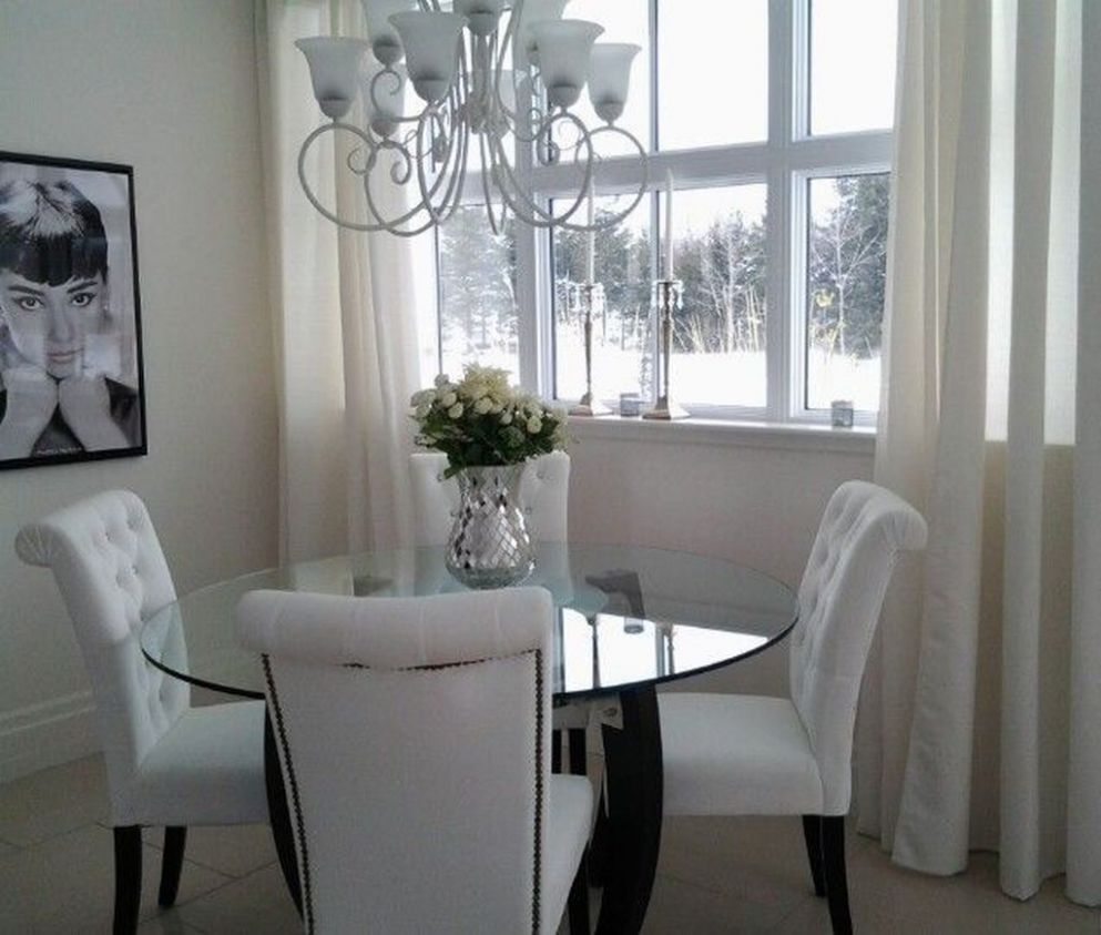 11 Elegant Dining Room Glass Table Décor Ideas (With images ...
