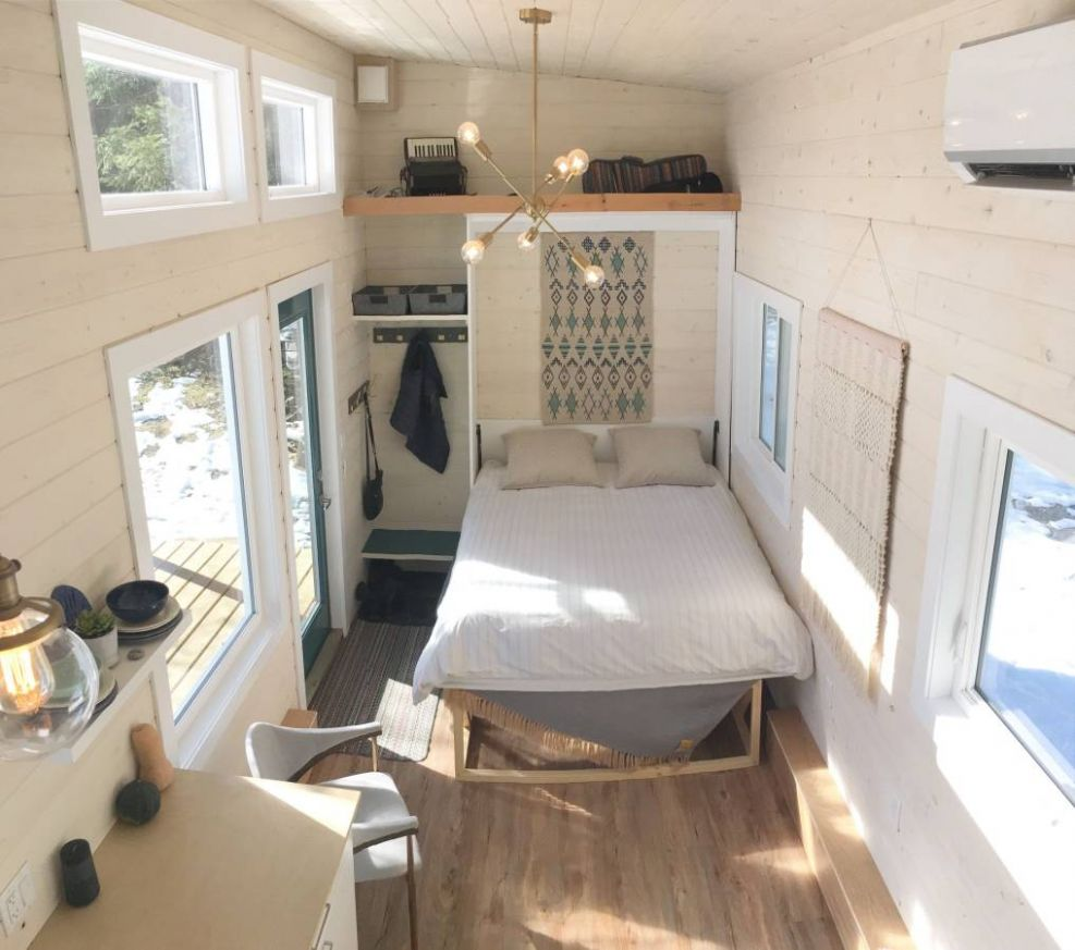 11-Foot Scandinavian Tiny House w/ Murphy Bed For Sale