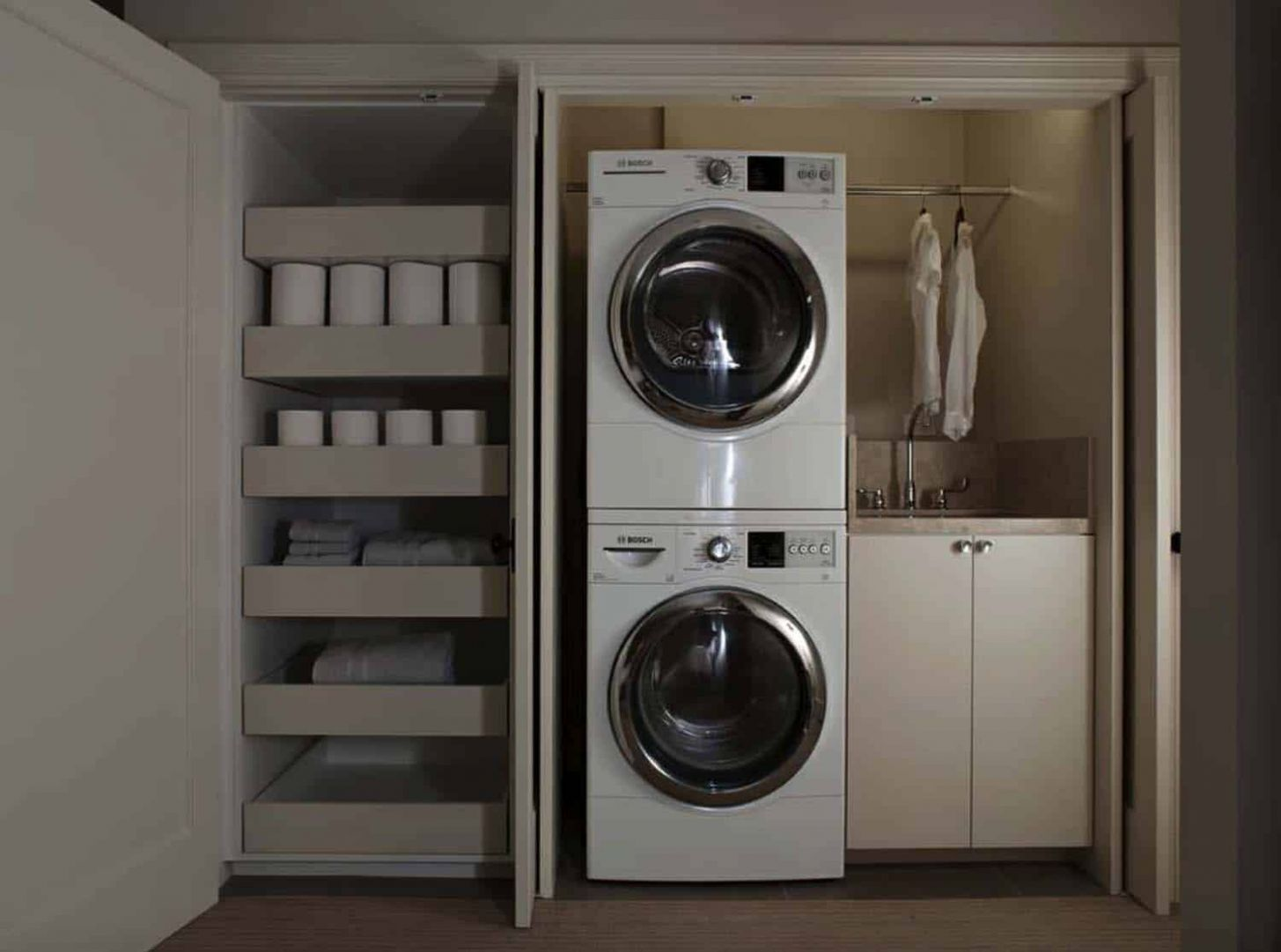 11 Functional And Stylish Laundry Room Design Ideas To Inspire - laundry room alcove ideas