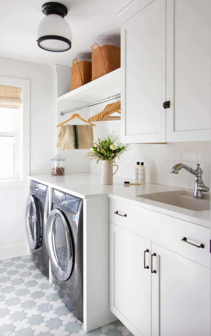 11 Functional And Stylish Laundry Room Design Ideas To Inspire - laundry room bar ideas