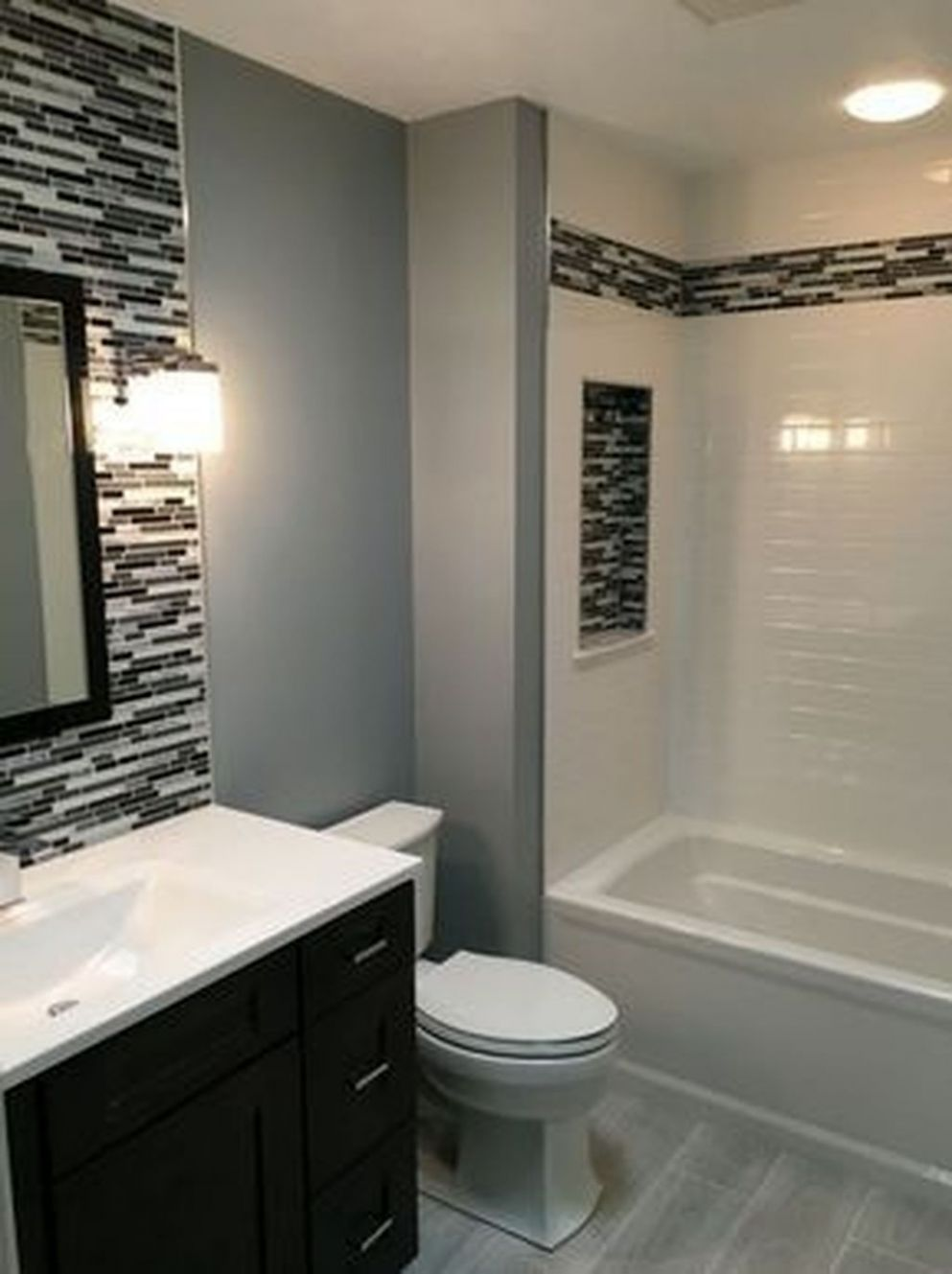 11+ Inexpensive Small Bathroom Remodel Ideas On A Budget - TRENDECORS