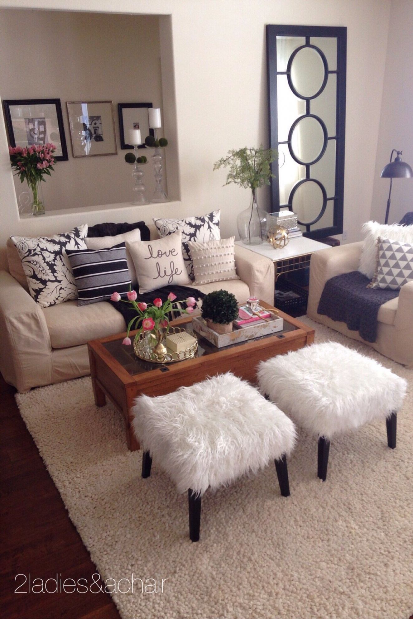 11 Ladies Spring Home Tour: Joan's Home (With images) | Beige ...