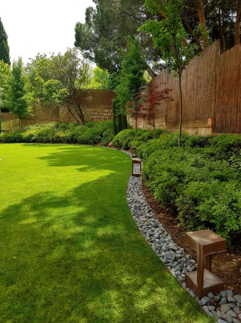 11 Stylish and Functional Garden Edging Ideas | Freshome
