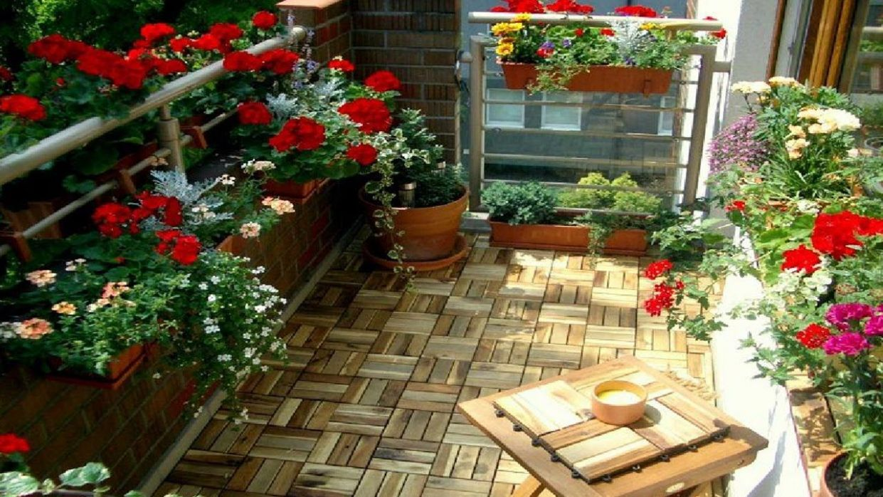 11 Terrace Garden Ideas, Most Awesome and Stunning | Small balcony ...