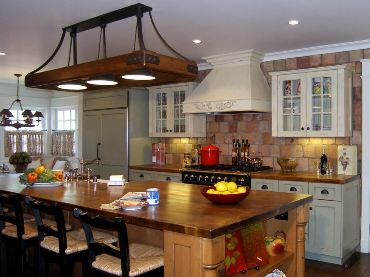 12 Awesome Traditional Kitchen Designs - kitchen ideas traditional