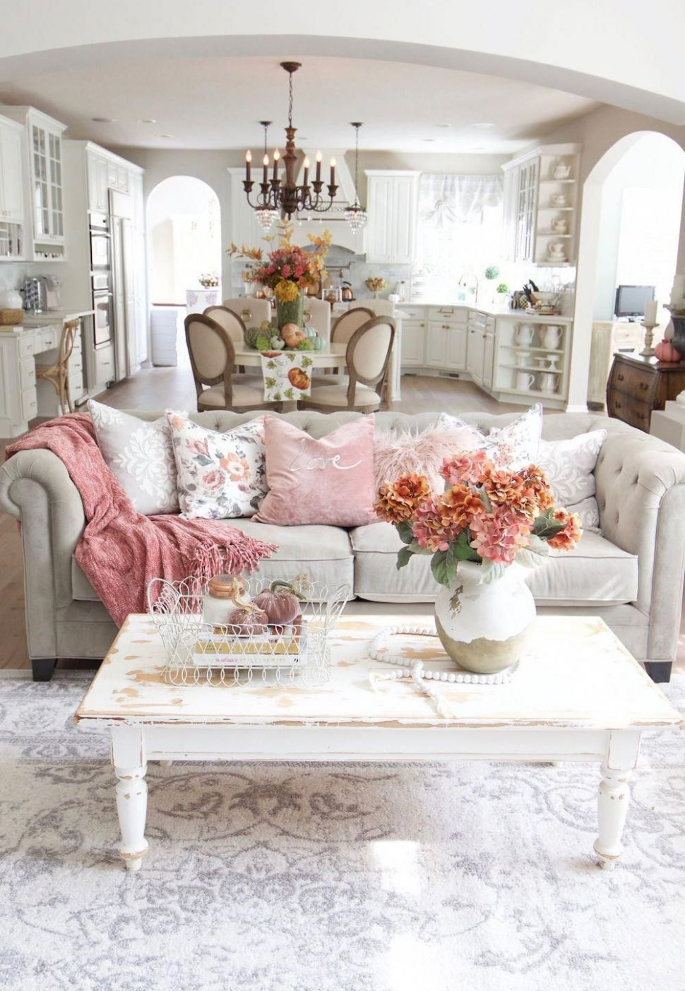 12+ Beautiful French Country Living Room Decor Ideas To Copy Asap ..