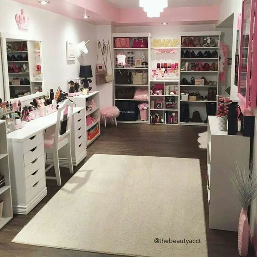 12 Beautiful Makeup Room Ideas To Brighten Your Morning Routine ..