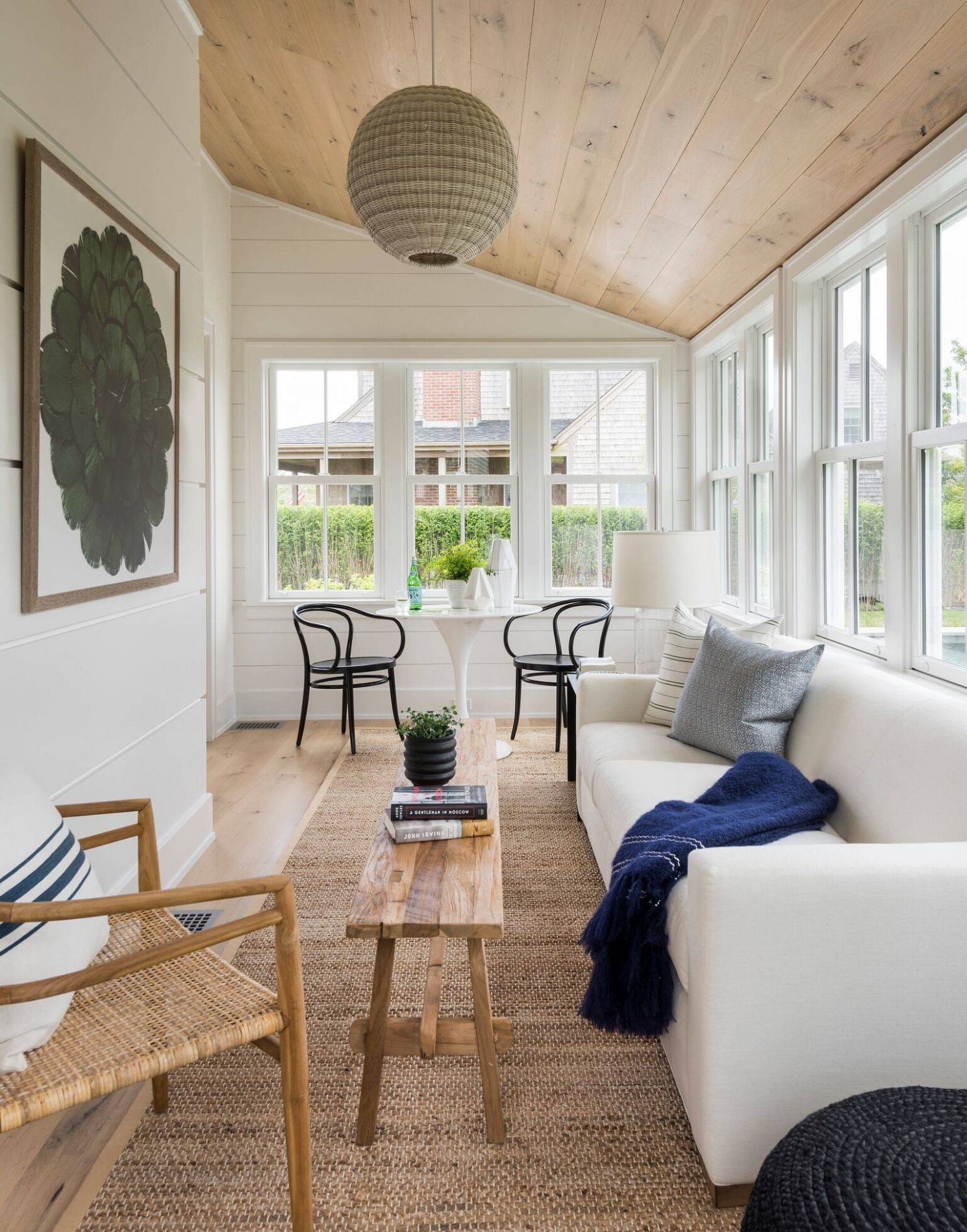 12 Beautiful Sunroom Pictures & Ideas | Houzz - long sunroom ideas