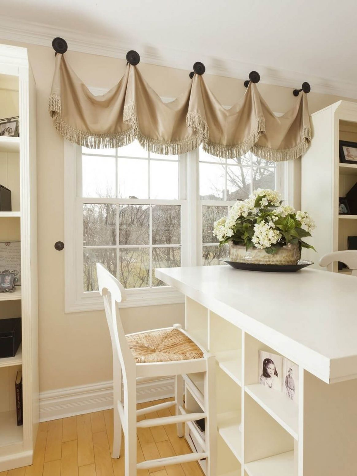 12 Best Farmhouse Window Treatment Ideas and Designs for 12