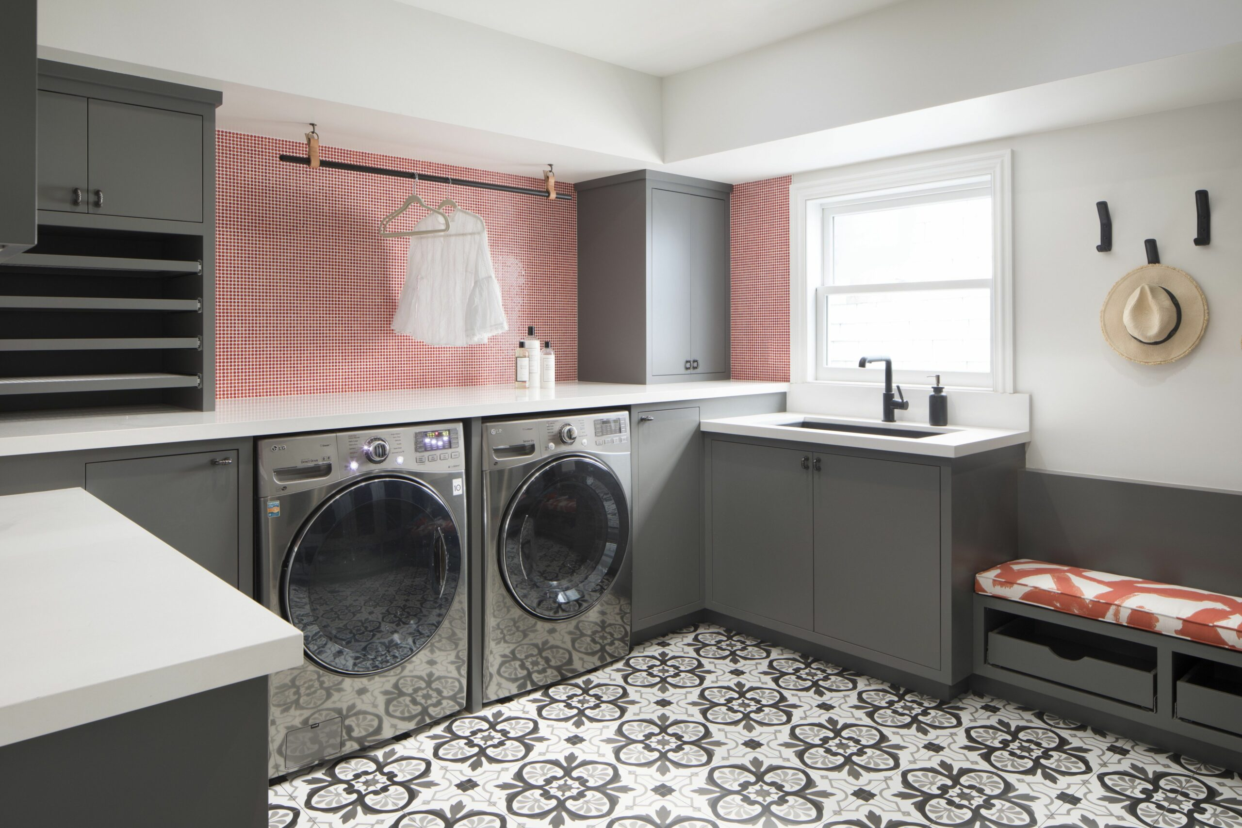 12 Best Laundry Rooms - Lovely & Functional Laundry Room Ideas - mudroom laundry room makeover ideas