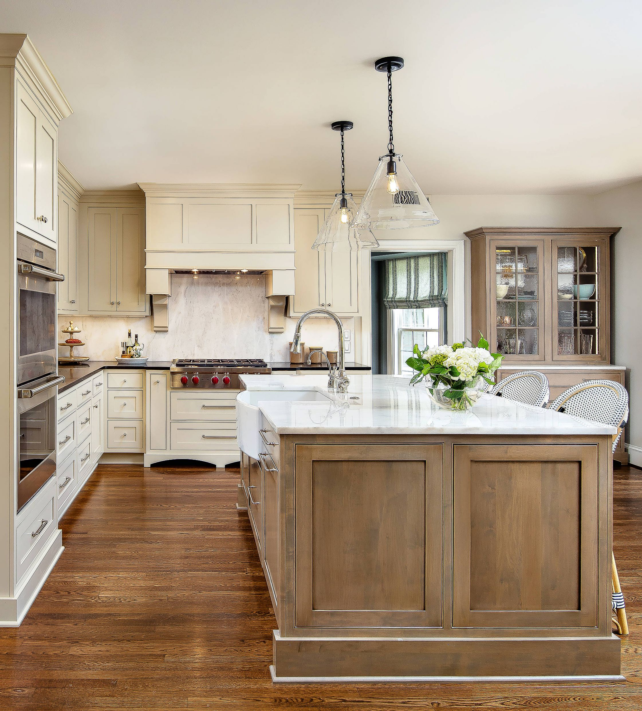 12 BEST Traditional Kitchen Pictures & Ideas | Houzz - kitchen ideas traditional