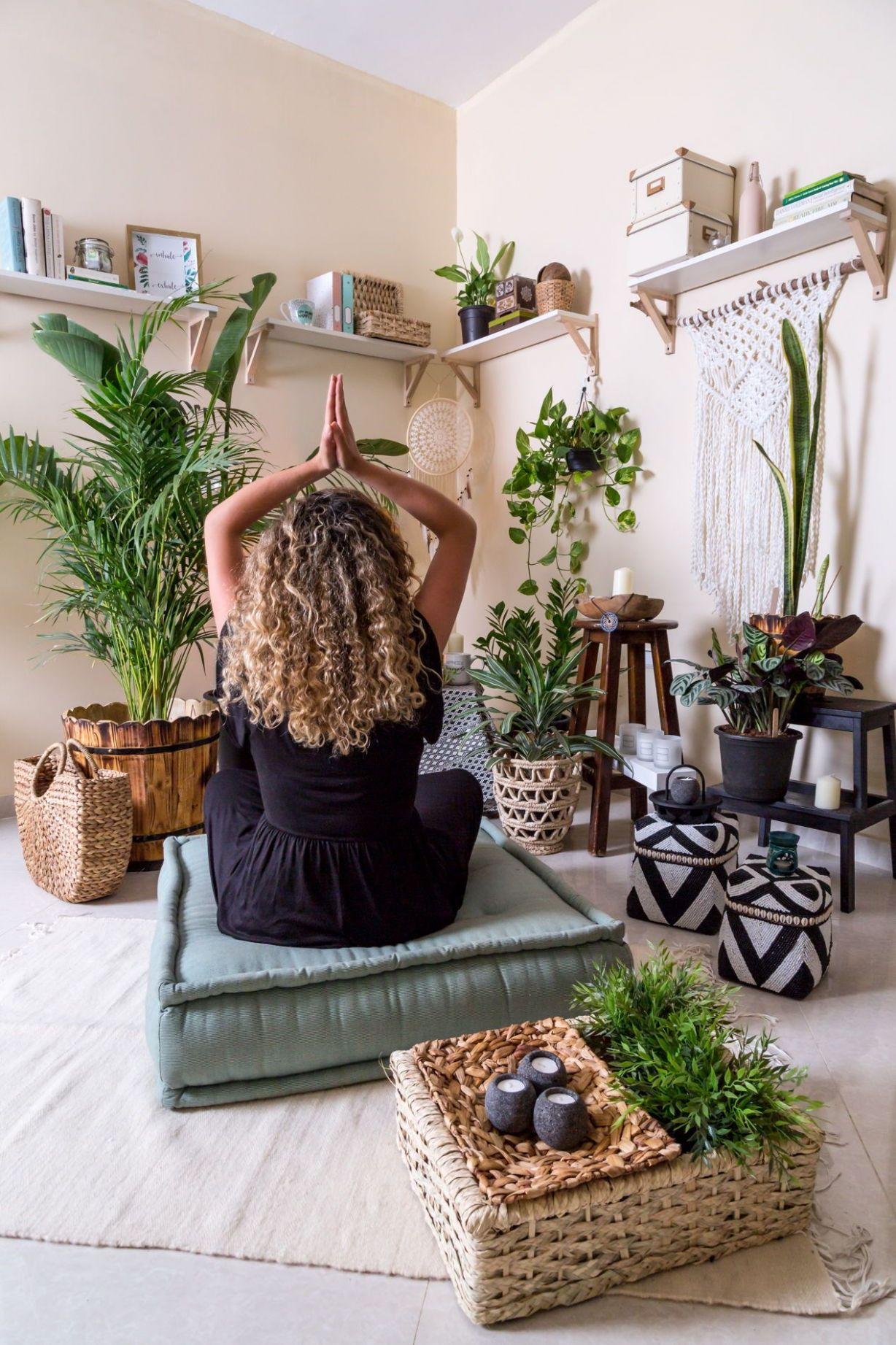 12 Budget-Friendly Meditation Room Ideas For Small Spaces (With ..