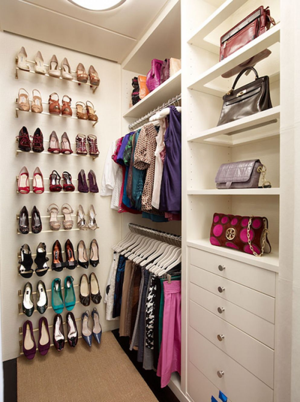 12 Creative Closet Designs Ideas For Your Home - HOMYSTYLE