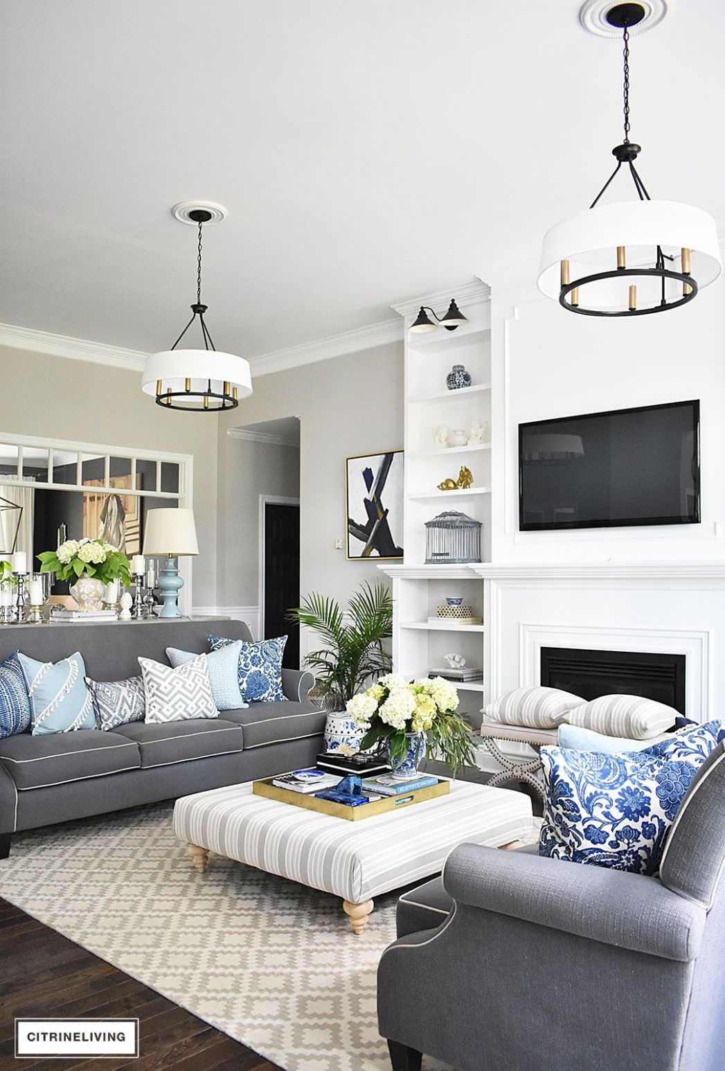 12+ Fresh Ideas for Decorating with Blue and White | Open concept ..