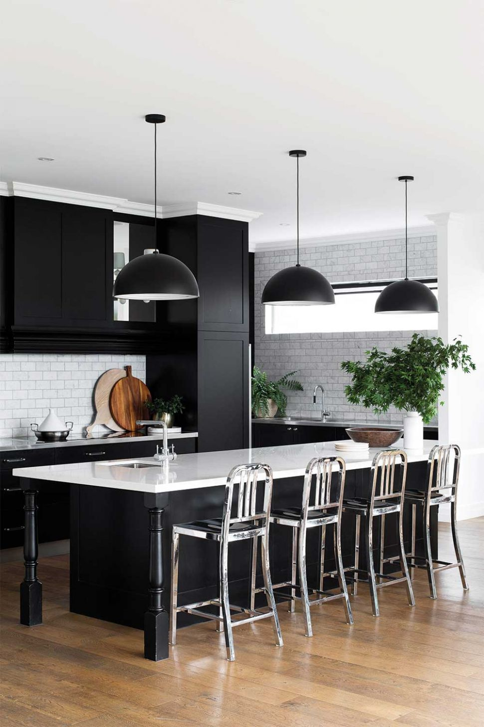 12 great ideas for a black and white kitchen | Home Beautiful ...