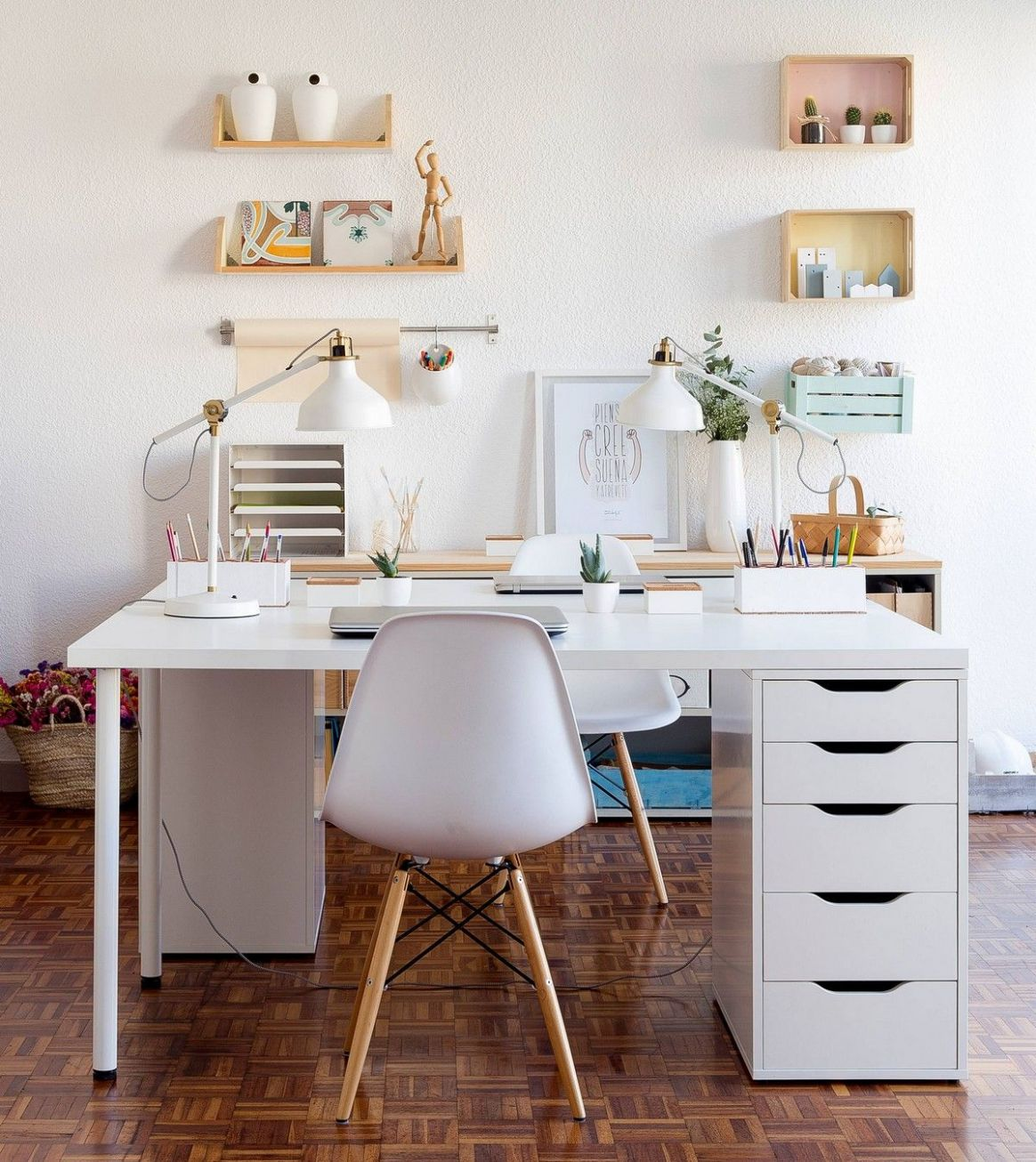 12 Inspiring Home Office Decorating Ideas (With images ...