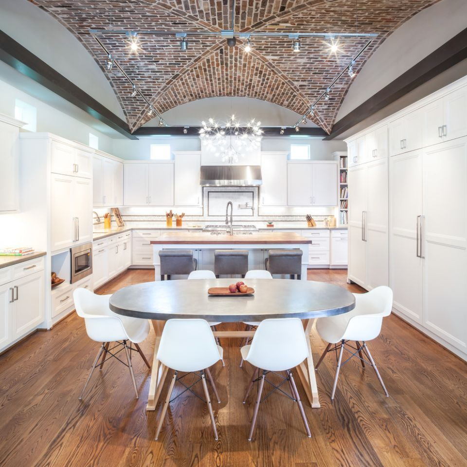 12 Kitchens With Vaulted Ceilings