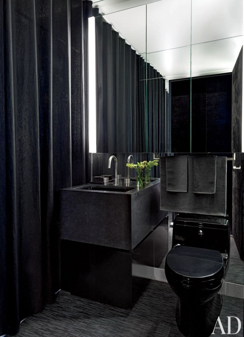 12 Small Bathroom Ideas to Make Your Bathroom Feel Bigger ...