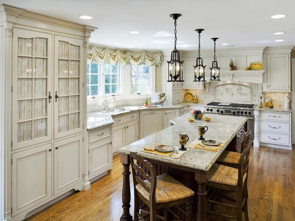 12 Traditional Kitchen Lighting Ideas 12 (Classic Mode) - kitchen ideas traditional