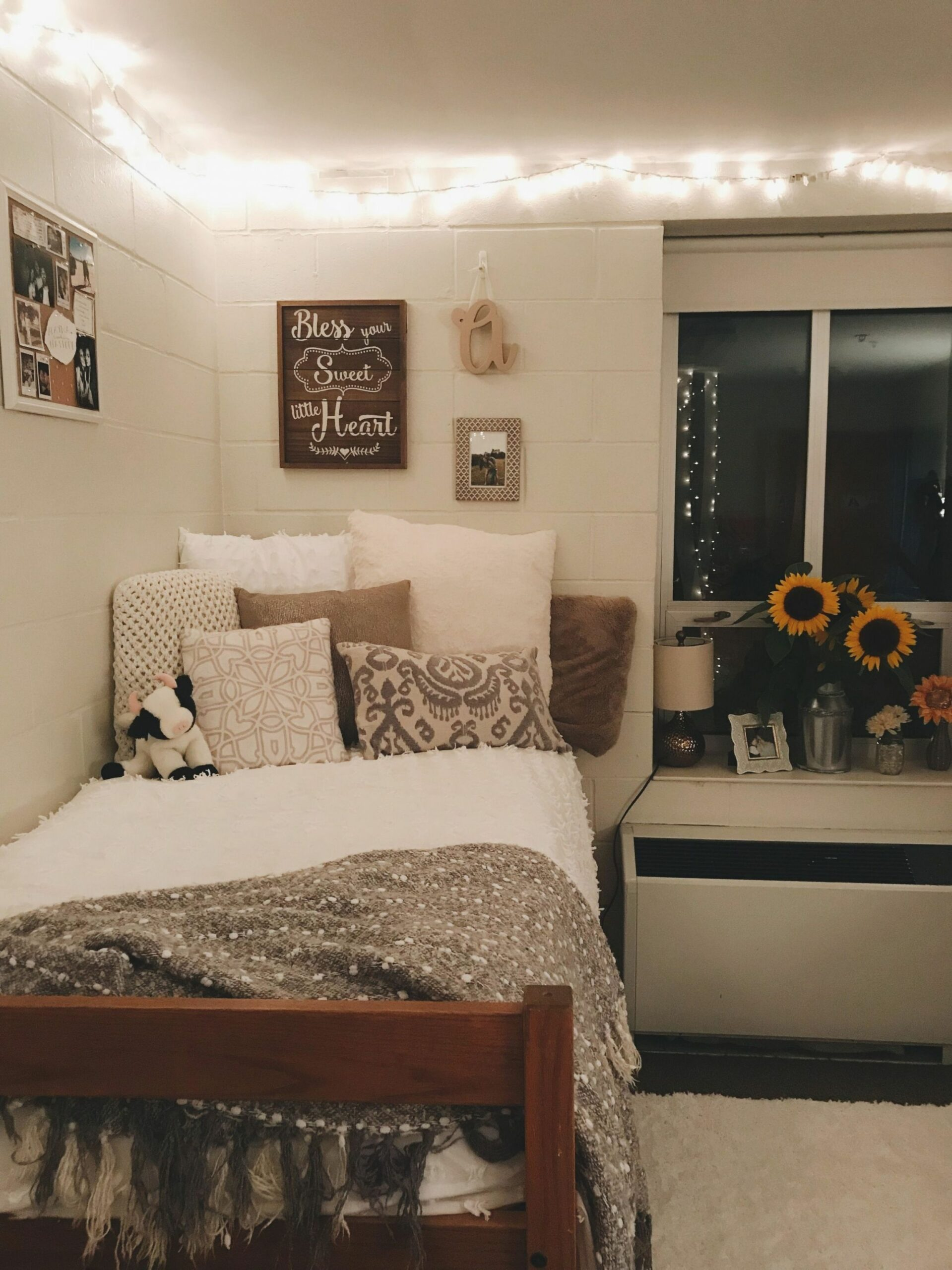 8+ Affordable Dorm Room Ideas Private (With images) | Beautiful ..