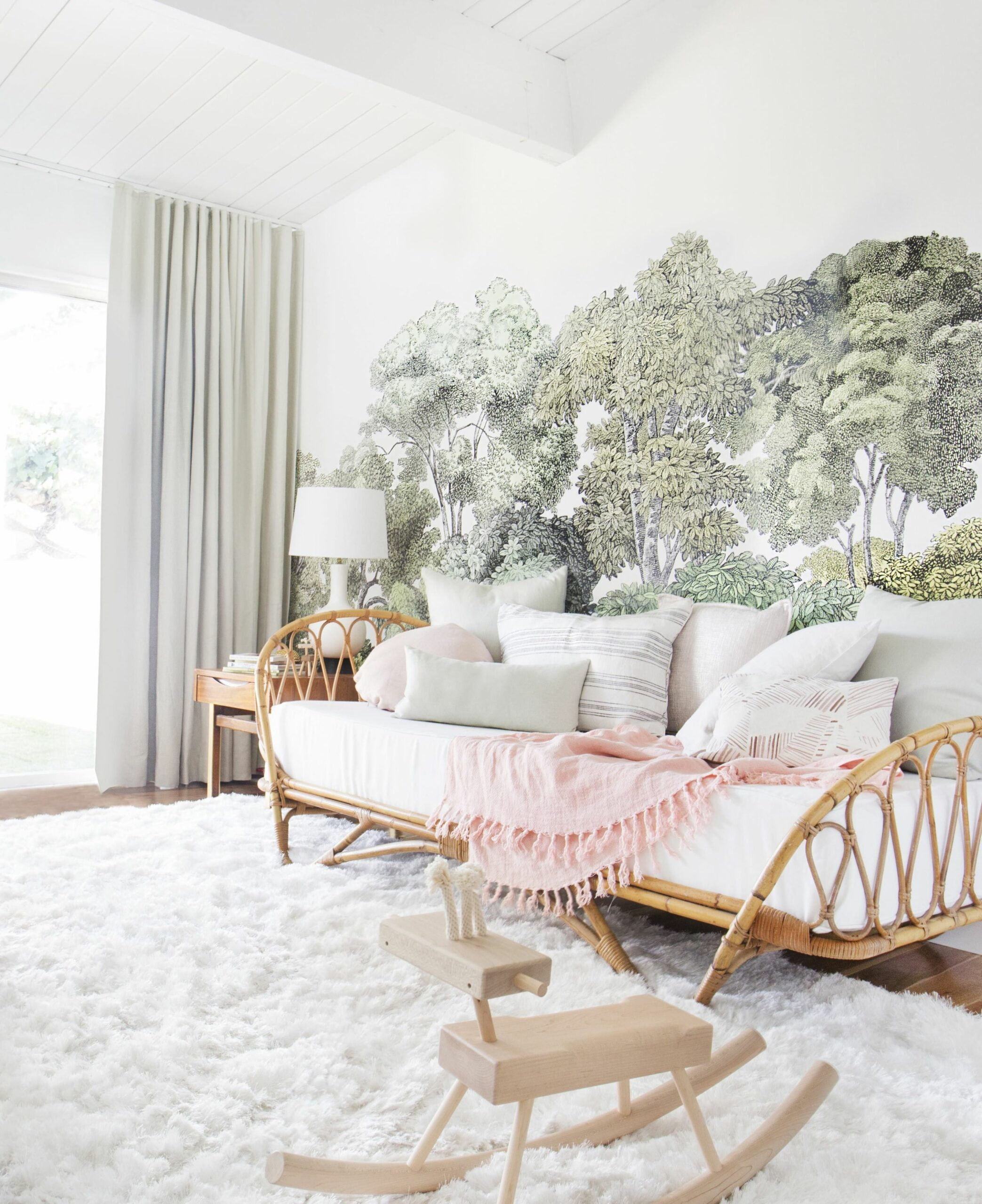 8 Bedroom Decorating Ideas - How to Design a Master Bedroom - makeup room rugs