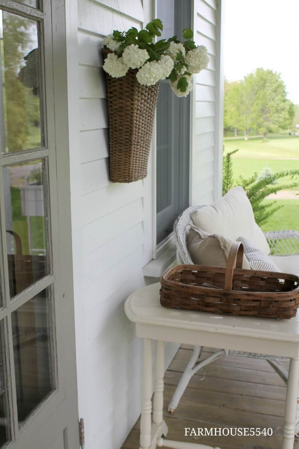 8 Best Porch Wall Decor Ideas and Designs for 8