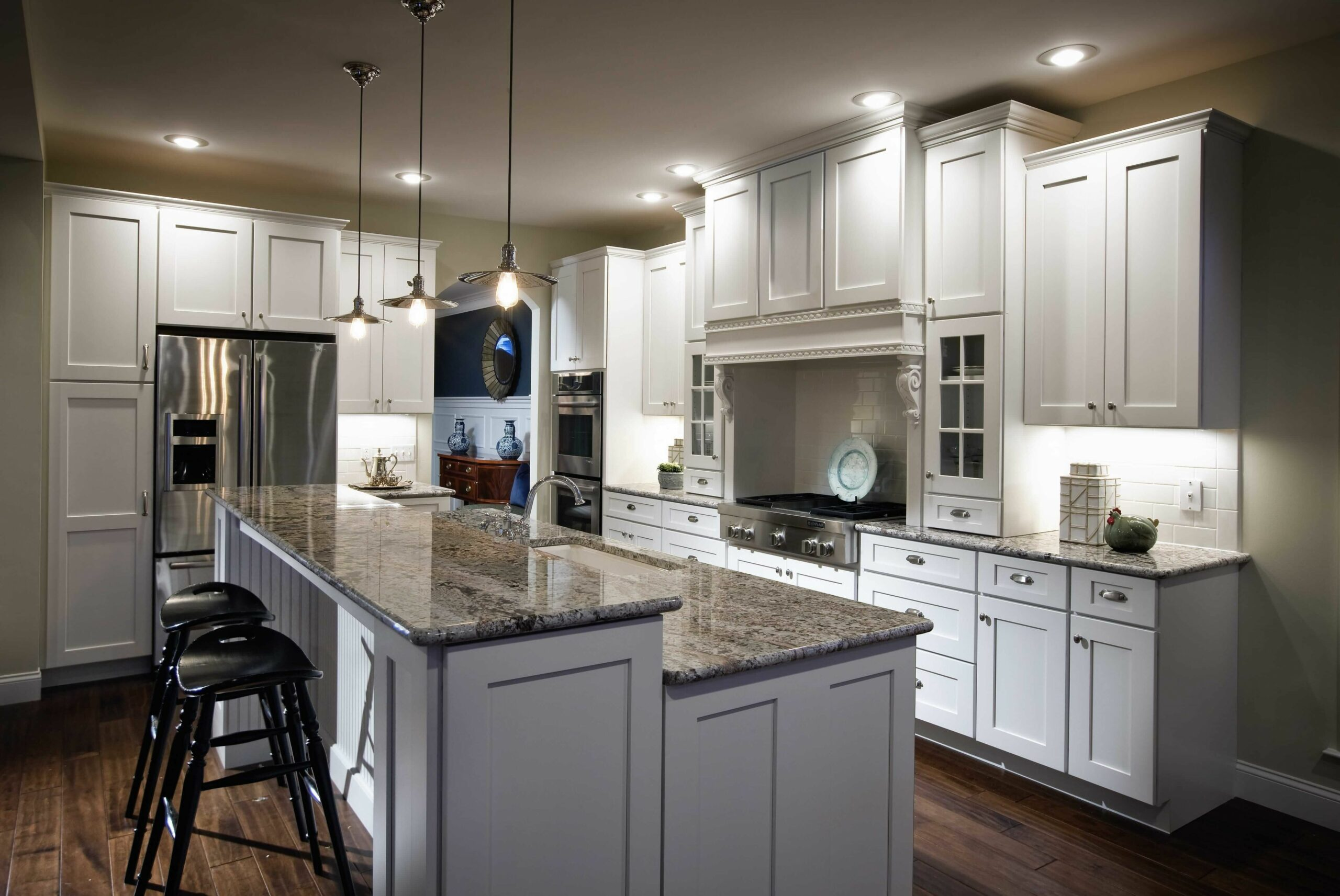 8+Deluxe Custom Kitchen Island Ideas (Jaw Dropping Designs) (With ..