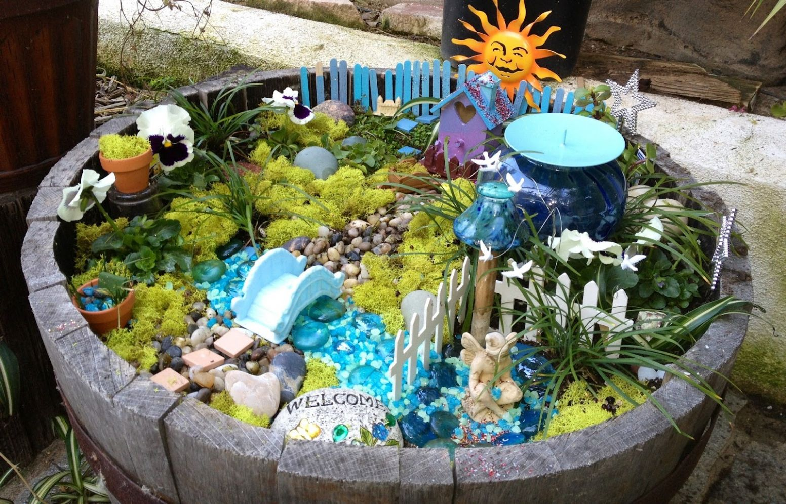 8 Fabulous Fairy Garden Ideas - Live DIY Ideas - garden ideas to make