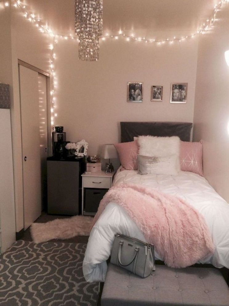 8 Gorgeous Dorm Room Decorating Ideas (With images) | Dorm room ..