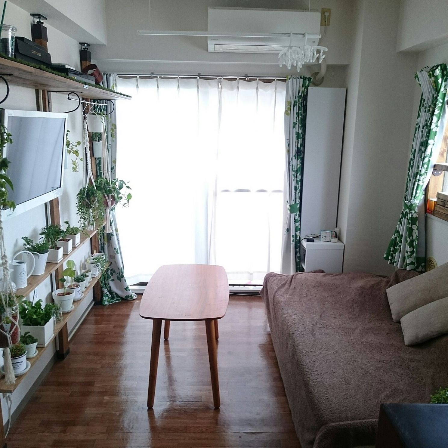 8 Simple Ideas for Decorating a Small Japanese Apartment - Blog