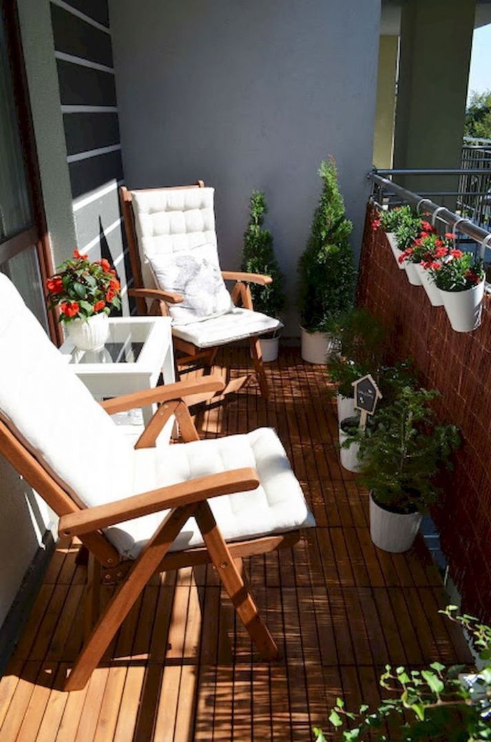 8 Summer Small Patio Ideas For You (With images) | Small balcony ...