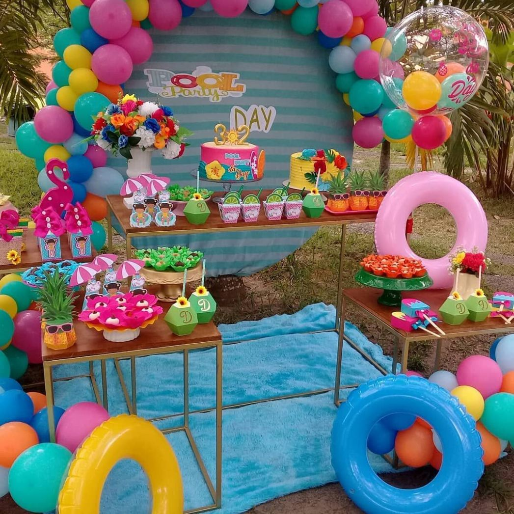 8 Ultimate Pool Party Ideas For 8 in 8 - pool party ideas for adults