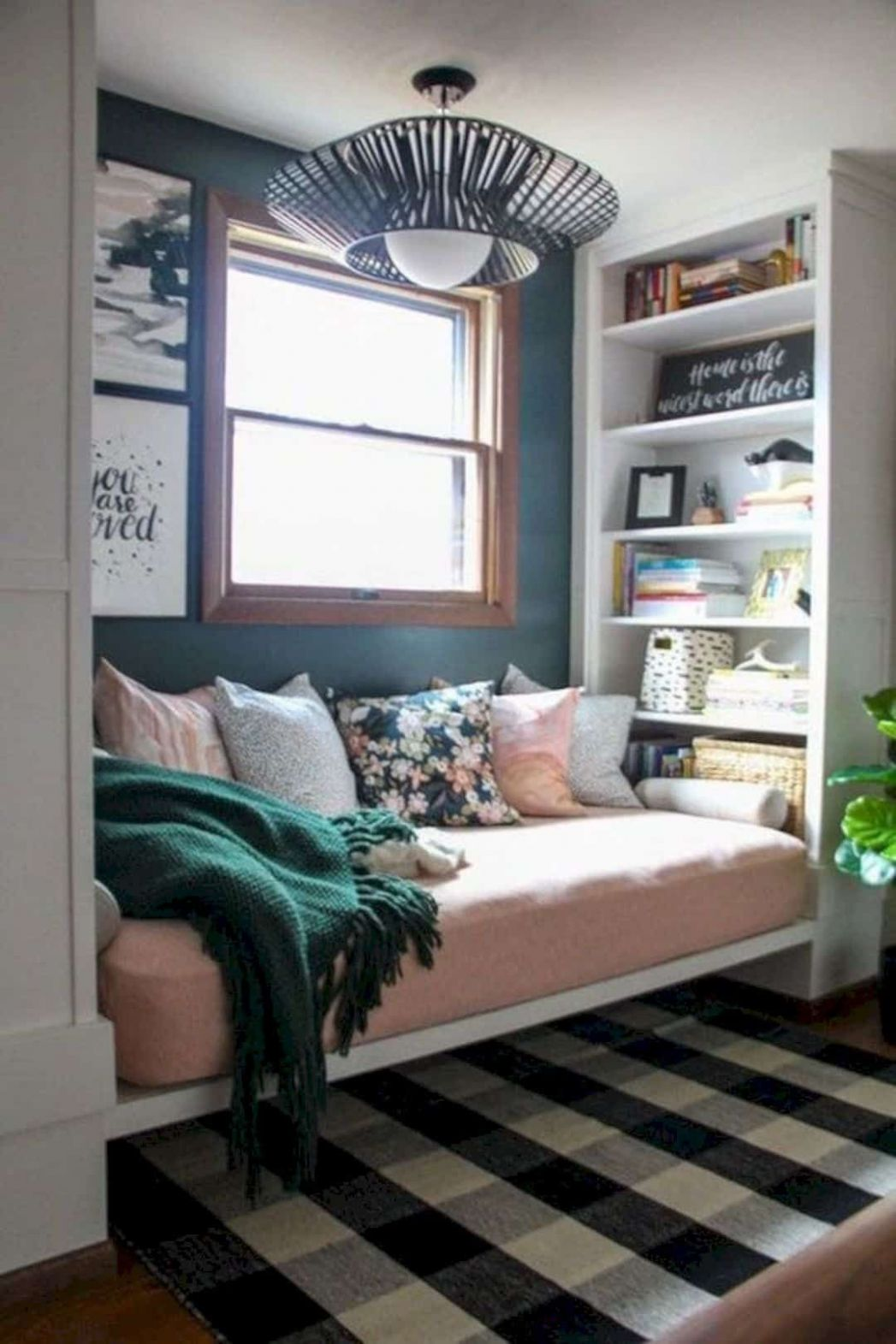 9 DIY Home Decor for Small Spaces   Small apartment living, Small ...